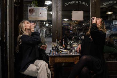 Eurooppa alkaa jälleen tiukentaa koronarajoituksia – Hollanti ja Tshekki sulkivat jo baarit ja ravintolat