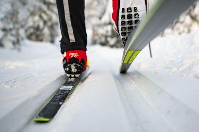 Merijärven Koivupuhdon alakoululaiset kisasivat hiihtoladulla ennen lomaviikkoa