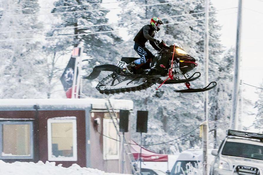 Joonas Keskiahon tyylinäyte tammikuulta, jolloin hän sijoittui toiseksi Rovaniemellä ajetussa Pakkaskisassa.