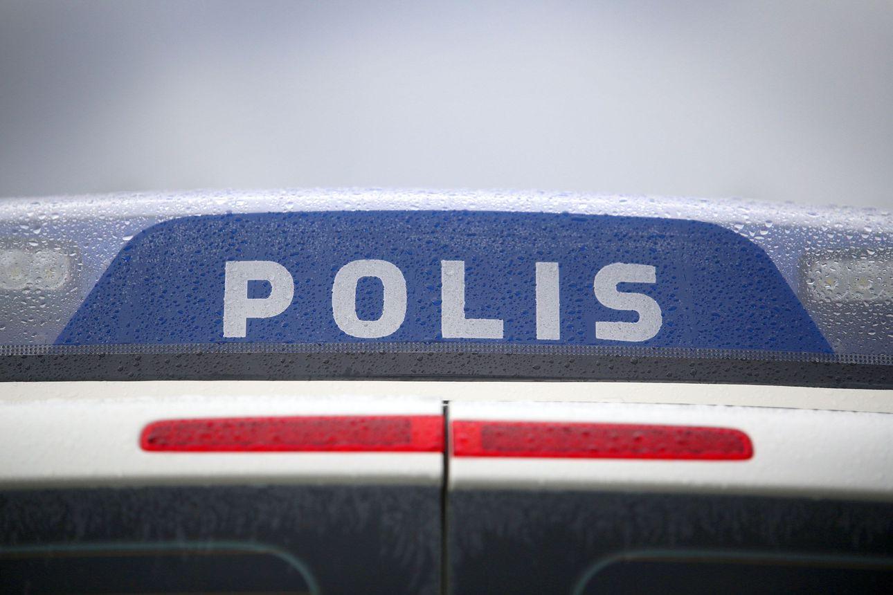 Ajokeli oli viikonlopun hiihtolomaliikenteessä haastava – Piippolassa poliisi joutui pysähtymään kesken ajon