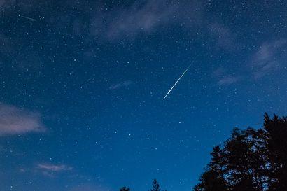 Tähdenlentoja kannattaa tiirata ensi viikolla – perseidejä näkyy käytännössä vain Oulun eteläpuolella