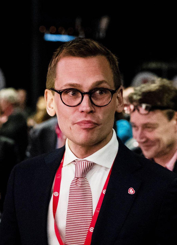 Sdp:n puoluesihteerin Antton Rönnholmin mukaan puolueen johtoviisikossa on jotakin sellaista, joka inspiroi poikkeuksellisesti ihmisiä.