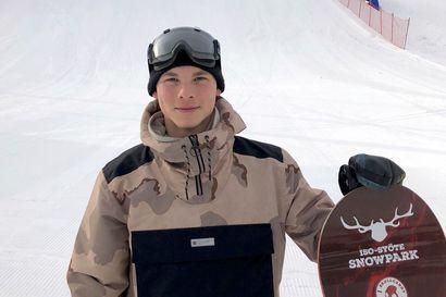 Syötteen rinteiltä tuttu lumilautailija Aleksi Nevakivi MM-kisoihin – pidemmän tähtäimen tavoitteena olympiamitali Pekingistä vuonna 2022