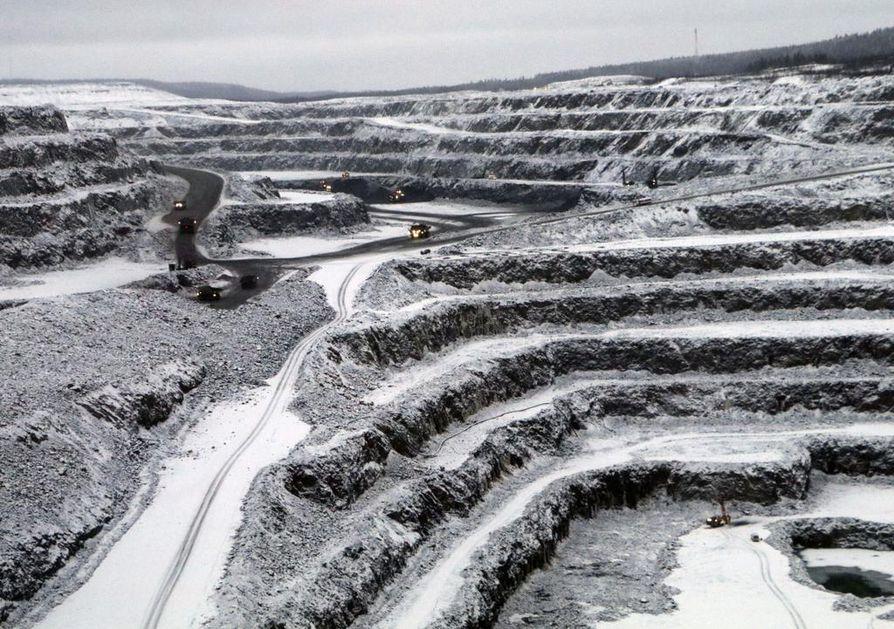 Terrafamen kaivos Sotkamossa haki uraanilupaa jo vuonna 2017. Uraani lähtisi ulkomaille jalostettavaksi tiiviissä tynnyreissä ja konteissa. Monimetalliyhtiön päätuotteita ovat nyt nikkeli ja sinkki. Kuva tammikuulta 2019.