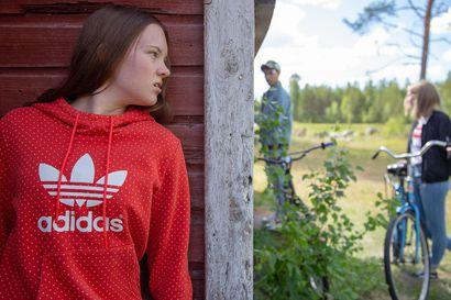 Töllötystarjonta yhä vain kasvaa Suomessa– Vaikka tv-kanavia on monen katsojan mielestä valinnanvaran kannalta liikaakin, tarjonta ei jatkossa näytä vähenevän