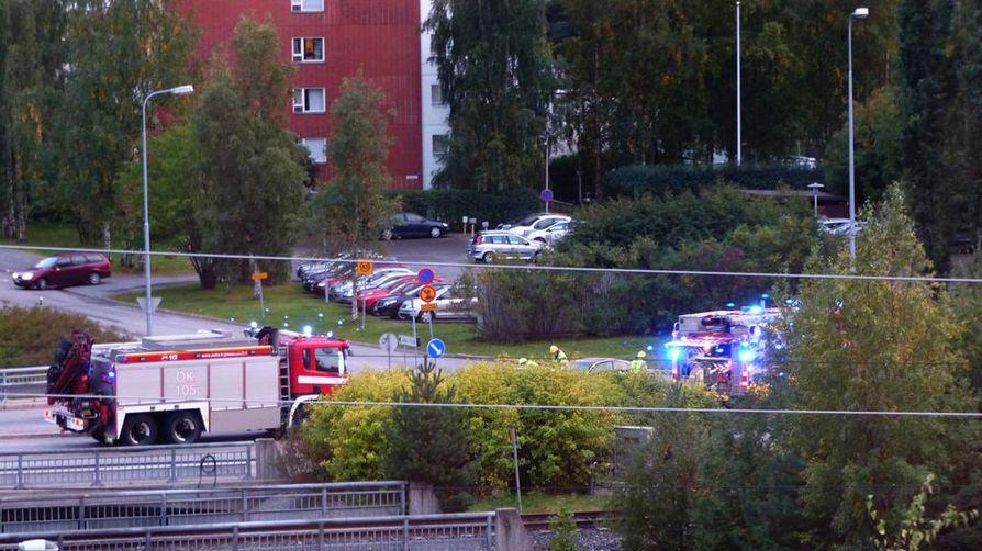 Onnettomuus sattui Bertel Jugin tiellä hieman kello 19:n jälkeen.