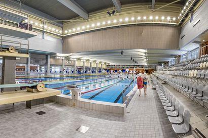 Oulun uimahallit huoltotauolla – tästä yksinkertaisesta syystä halleja ei huollettu koronatauon aikana