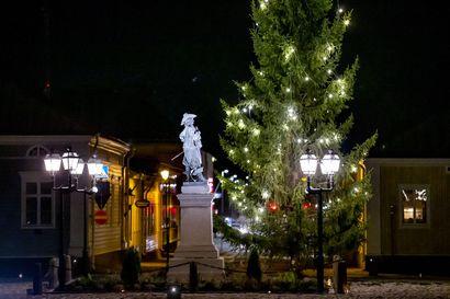 Kynttilöillä joulumieltä Wanhaan Raaheen – Kaupunkilaisia kutsutaan mukaan luomaan joulutunnelmaa