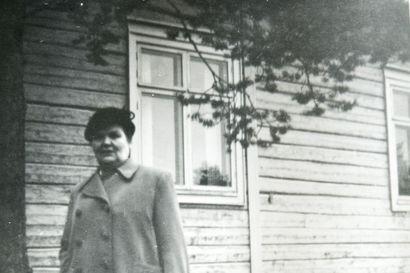 Hilda Lukkarinen kysyi tietä Rovaniemen käsityökoululle – nyt hänen jälkiään voi seurata Lapin yliopistoon saakka
