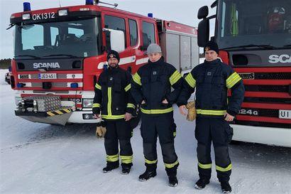 Oulu–Koillismaan sopimuspalokuntiin koulutettiin lisää raskaan kaluston kuljettajia – hankkeelle puuhataan nyt jo jatkoa