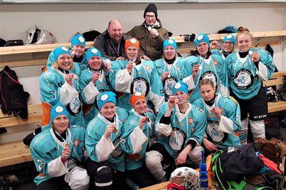 Lätkälissut palaa Lapin sarjaan – Naisten jääkiekon Lapin harrastesarjassa kaksi vuotta sitten pronssia ottanut Posion Pyrinnön Lätkälissut tekee vuoden tauon jälkeen paluun sarjaan