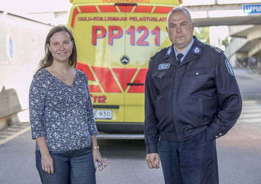 Neuropsykologi Sari Kukkamaan ja komisario Tarmo Kangastalon mielestä lääkärit voisivat enemmän kiinnittää huomiota potilaiden ajoterveyteen.