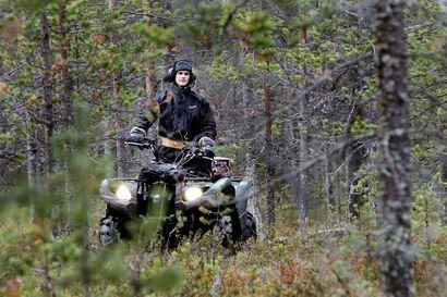Tekstareissa kritisoidaan mönkijöitä, metsästystä ja kuituliittymien kaivuuta