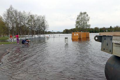 Kuusamon seudulla tulvahuippu tällä viikolla – Iijoen tulvat laskussa