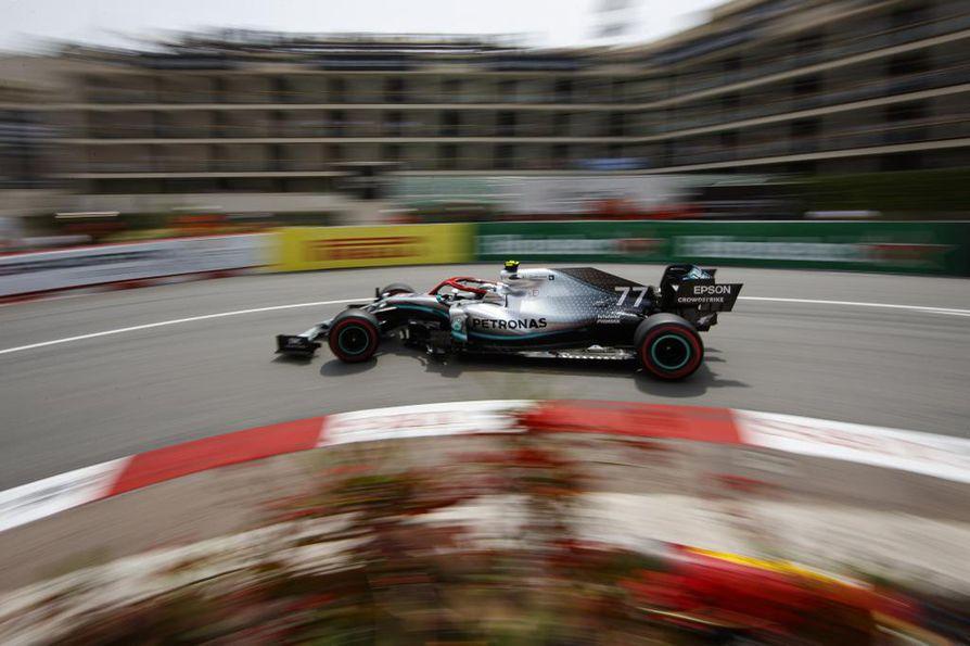Bottas lähtee toisesta ruudusta huomenna ajettavaan kauden kuudenteen F1-kilpailuun.