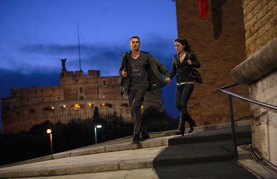 Seikkailuelokuva kertoo nörtistä, jolla on kyky teleportaatioon. Hän käy Roomassakin.