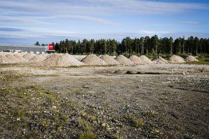 Kärkkäisen tonttikauppa taas Rovaniemen päättäjien pöydällä: Kaupungin viranhaltija kiistää, että sopimus suosisi ostajaa