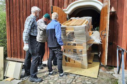 """Revonlahden kirkkoon uudet, """"uusvanhat"""" urut – sopiva soittopeli löytyi Nokian seurakunnasta"""