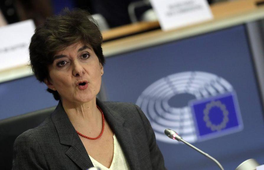 Ranskan komissaariehdokas Sylvie Goulard oli jo kolmas ehdokas, jonka Euroopan parlamentti on torjunut. Jäsenmaiden pitäisi ryhdistäytyä ja tarjota komissioon ehdokkaita, jotka ovat taitavia, vastuullisia ja korruptoitumattomia.