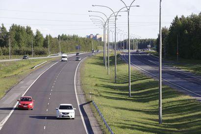 Liikenneonnettomuuksien määrä laski Pohjantiellä koronakeväänä – tolkuton kaahailu sen sijaan jatkuu yhä ja ajokieltoja napsahtelee tuon tuosta