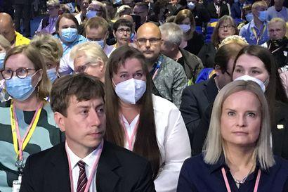 Ennakkosuosikki Riikka Purra valittiin perussuomalaisten uudeksi puheenjohtajaksi