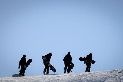Miten koronarajoitukset huomioidaan hiihtolomalla? Kysyimme, miten koronaan varaudutaan hiihtokeskuksissa